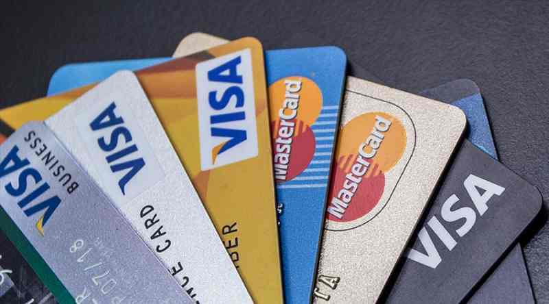 Major Types of Credit Cards and Their Features